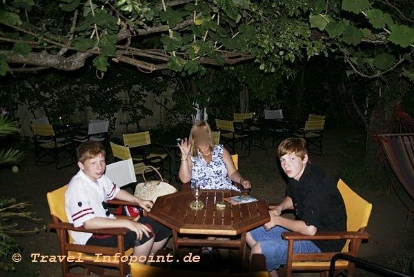 Korfu, Acharavi: Taverne Lemon-Garden